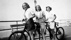 Women & Their Vintage Bicycles (7)