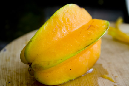 how to cut eat star fruit