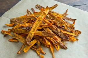 curried_baked_carrot_chips_recipe