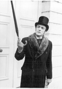 eric porter as soames-in-overcoat