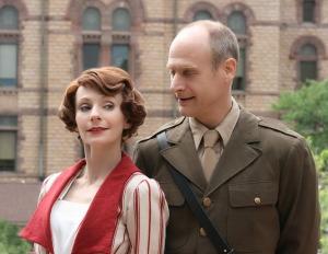 Beatrice (Tarah Flanagan) and Benedick (Christopher Gerson) in