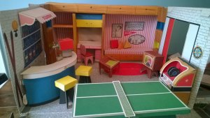 The very cool 1960s Tammy doll house!